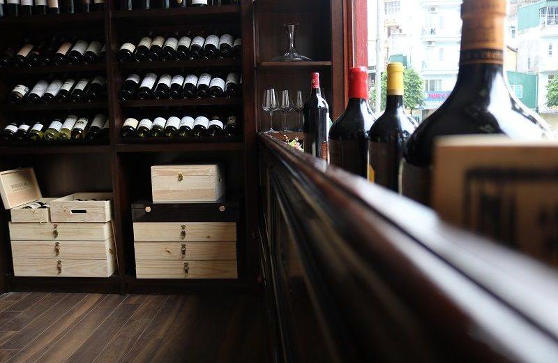 winecellar side