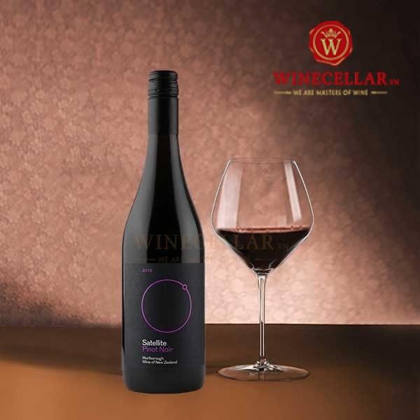 Satellite Pinot Noir