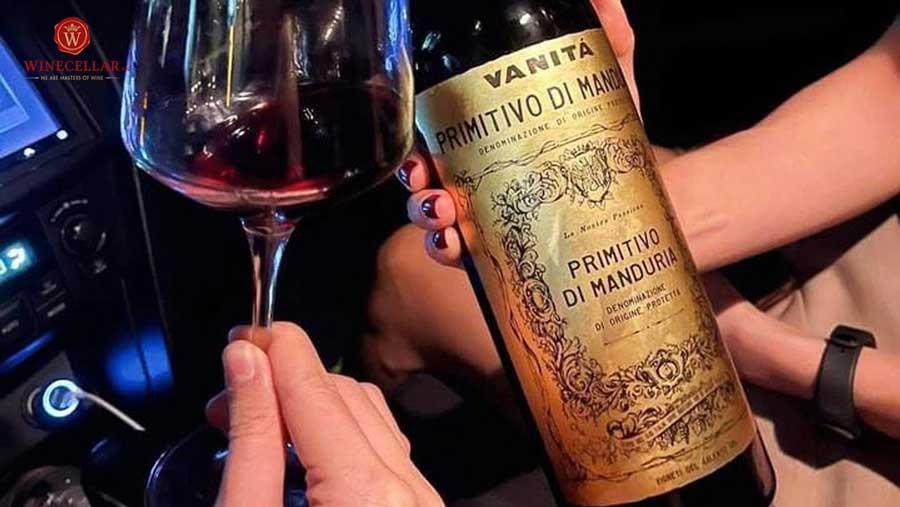 Rượu vang đỏ Vanita Primitivo di Mandura
