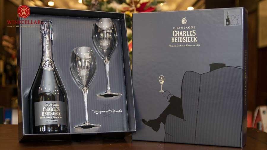 Bộ quà tặng Champagne Charles Heidsieck Brut